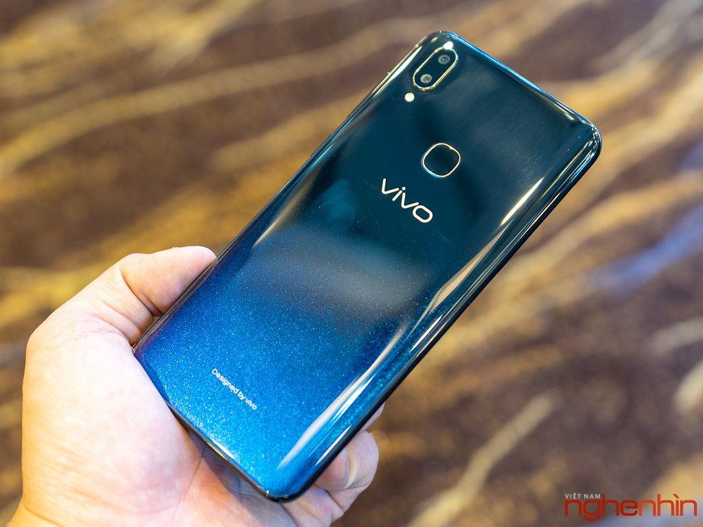 Ra mắt Vivo V11 và V11i tại Việt Nam: cảm biến vân tay trên màn hình, giá từ 7,7 triệu đồng Ảnh 4