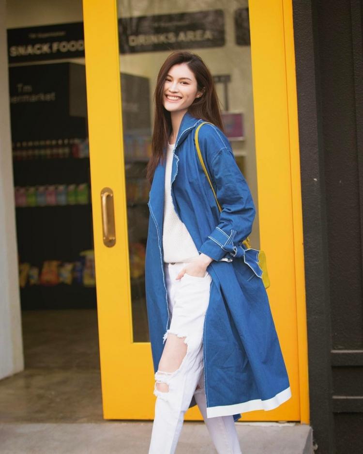 Mê mẩn style 'chất như nước cất' của 4 chân dài Châu Á hiếm hoi diễn show Victoria's Secret 2018 Ảnh 2