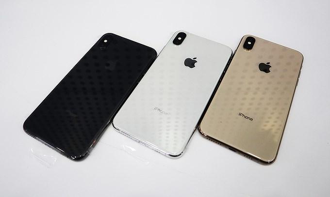 Nhiều người nhận 'trái đắng' khi vừa xếp hàng mua iPhone mới Ảnh 6