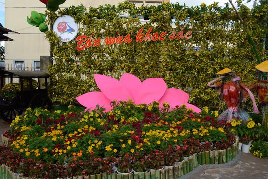 Đồng Tháp sẽ thu phí làng hoa và công viên Sa Đéc Ảnh 1