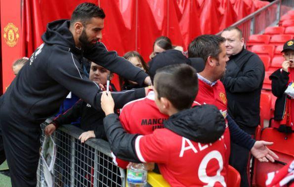 Man Utd vs Wolverhampton: Alexis Sanchez đá chính Ảnh 1