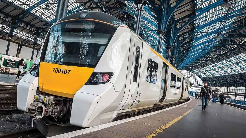 Năm 2021 Pháp có xe lửa không người lái Ảnh 1