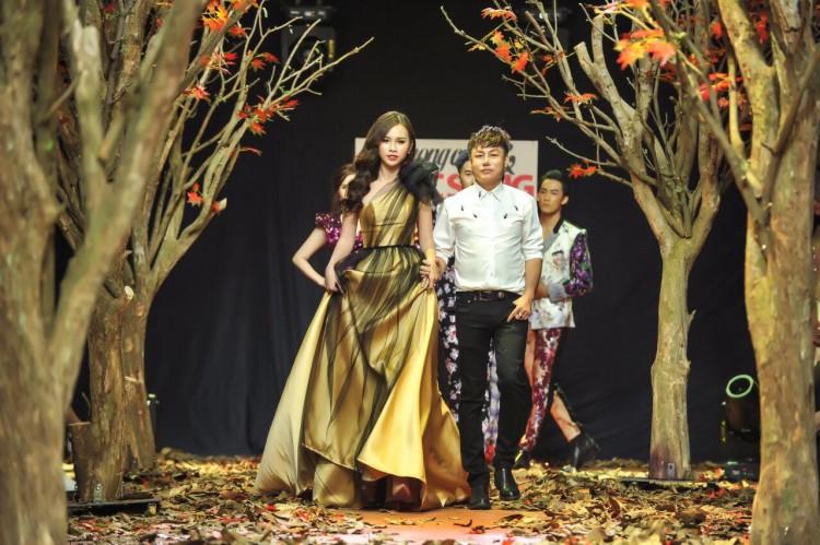 Á hậu Thanh Trang làm vedette trên sàn catwalk ngập lá mùa thu Ảnh 7