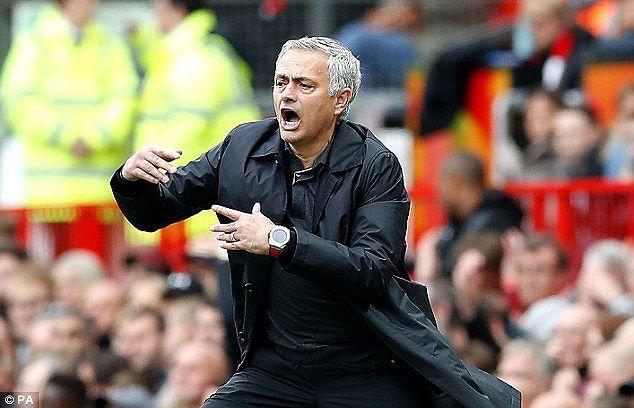 Jose Mourinho: 'MU chỉ đá 30% khả năng trước Wolves, hòa là đúng rồi' Ảnh 1