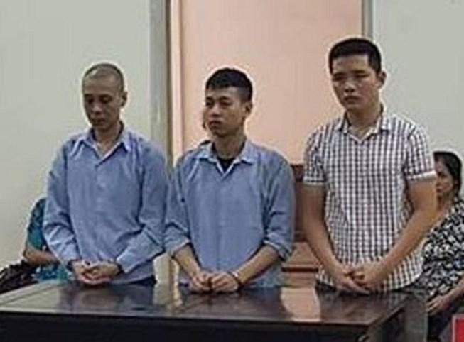 3 thanh niên tạt đầu xe, đánh tử vong người đàn ông lớn tuổi Ảnh 1