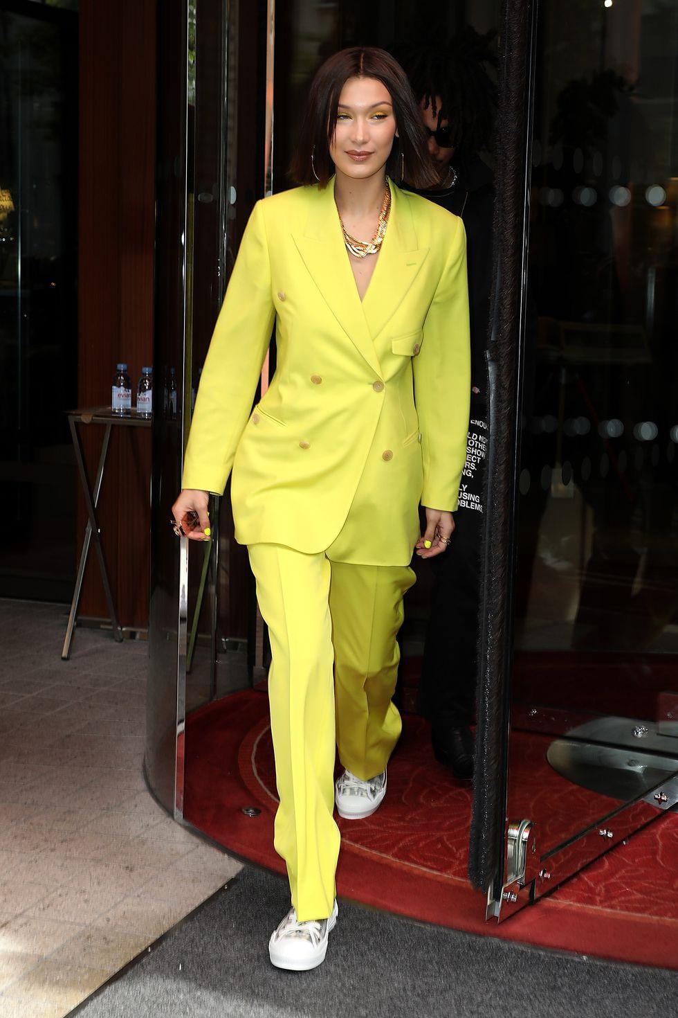 10 trang phục street style đơn giản nhưng đẹp mắt của Bella Hadid Ảnh 8