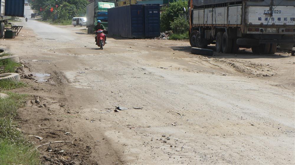 Tuyến đường đẹp bậc nhất Việt Nam hư hỏng nặng Ảnh 4