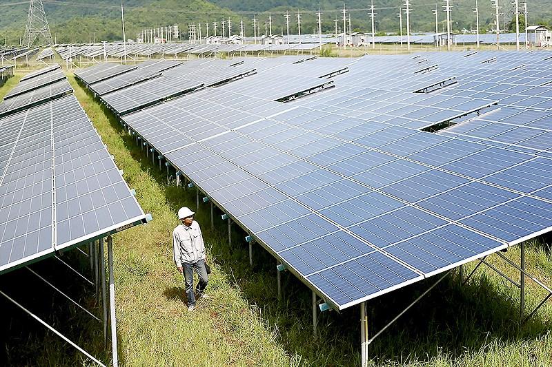 ASEAN đẩy mạnh mục tiêu phát triển năng lượng tái tạo Ảnh 1