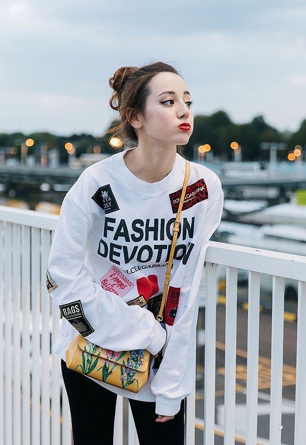 Mỹ nữ Tân Cương xinh như thiên thần trong show của Dolce & Gabbana Ảnh 15