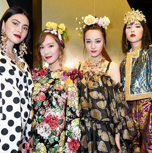 Mỹ nữ Tân Cương xinh như thiên thần trong show của Dolce & Gabbana Ảnh 11