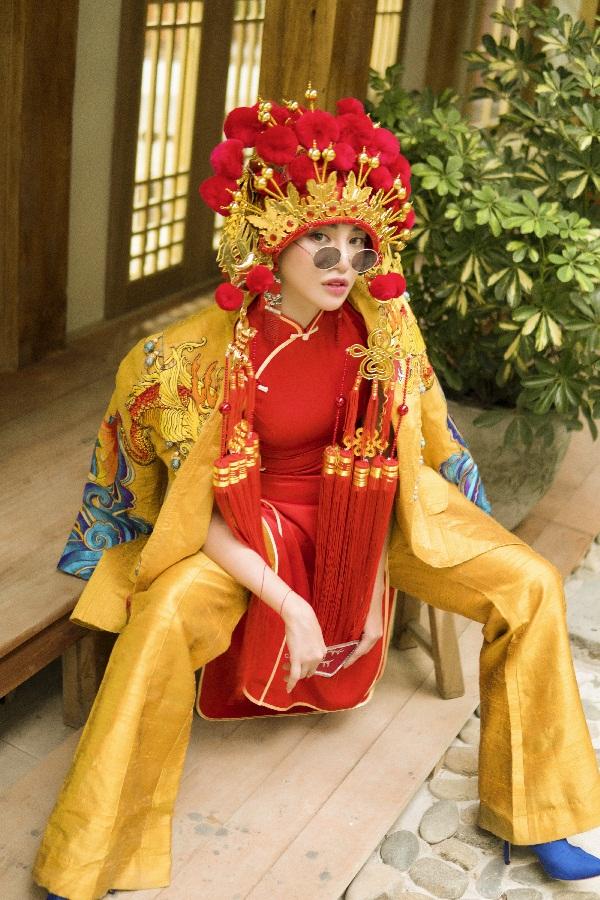 Thiên Nga The Face khiến fan thích thú khi hóa cô dâu Châu Á trước thềm Trung Thu Ảnh 3