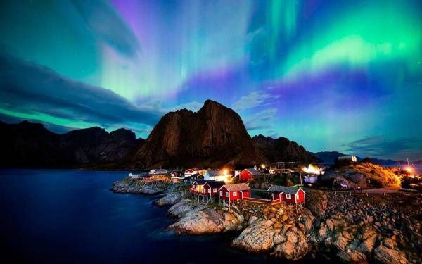 Cực quang được coi là điềm báo 'kinh sợ' đối với nhiều nước trên thế giới Ảnh 1