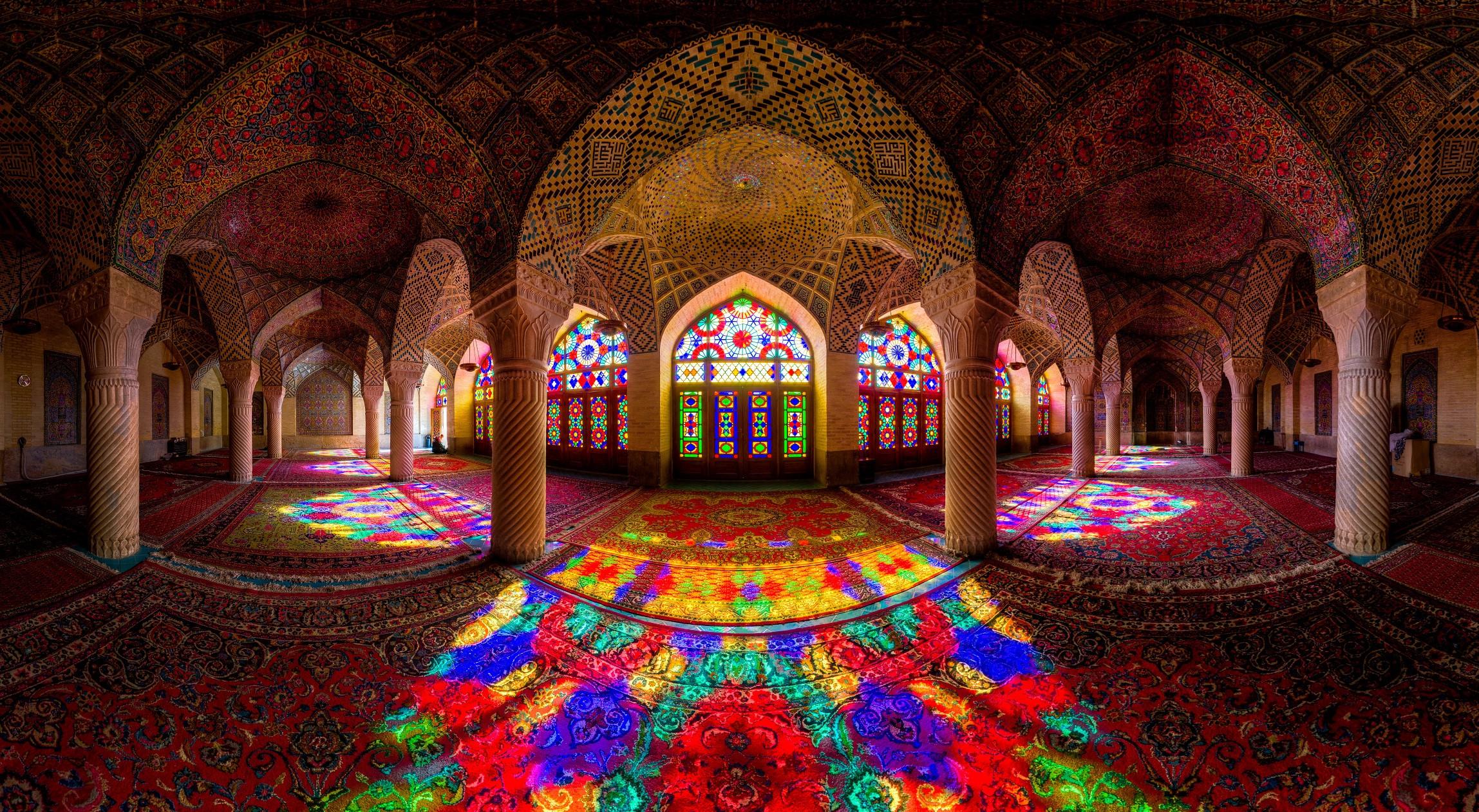 Nhà thờ Hồi giáo rực rỡ nhất thế giới có gì đặc biệt? Ảnh 2
