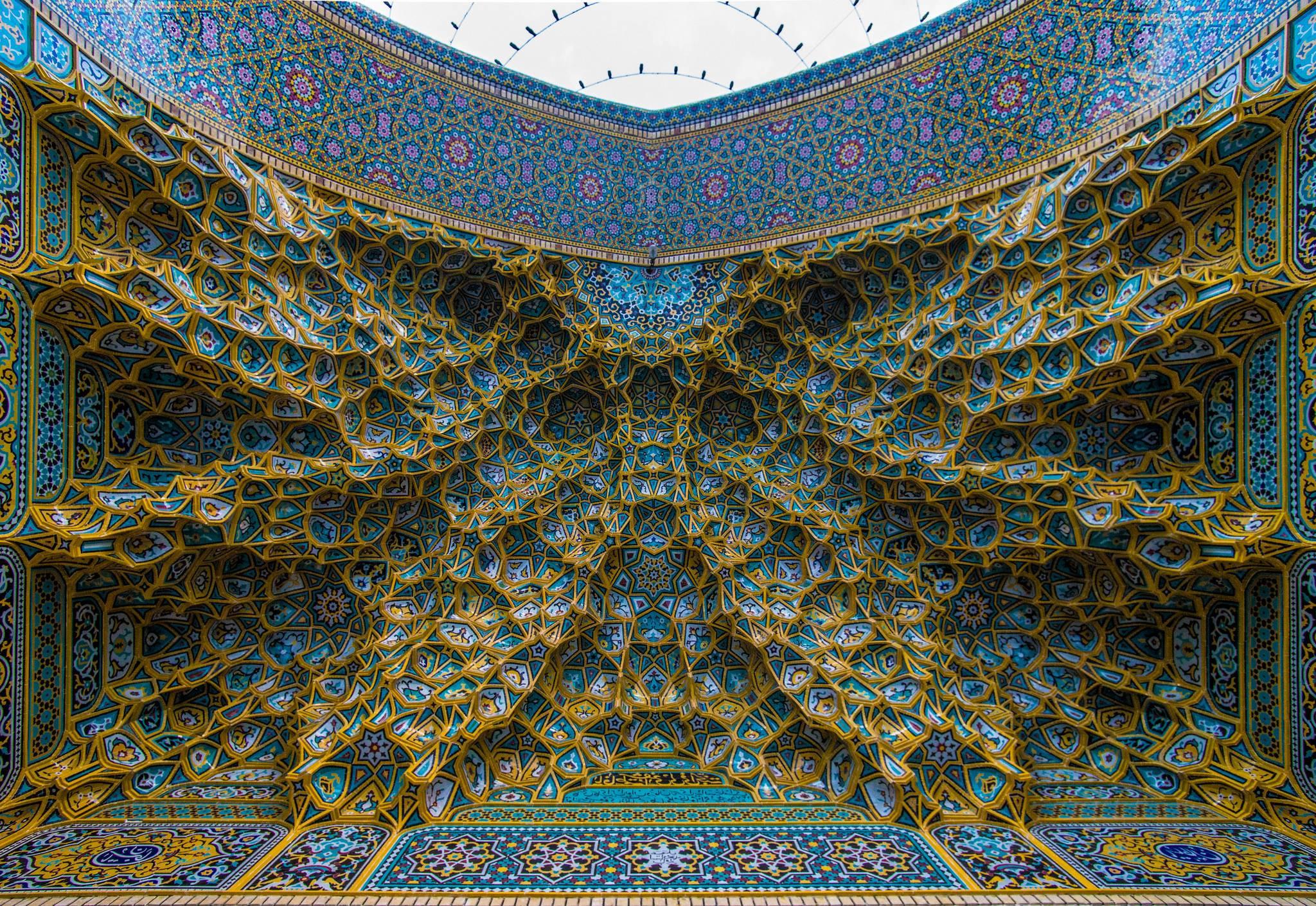 Nhà thờ Hồi giáo rực rỡ nhất thế giới có gì đặc biệt? Ảnh 9