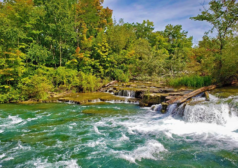 Thác Niagara khác lạ nhìn từ hai phía Mỹ và Canada Ảnh 7