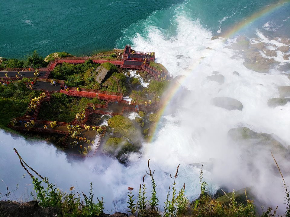 Thác Niagara khác lạ nhìn từ hai phía Mỹ và Canada Ảnh 12
