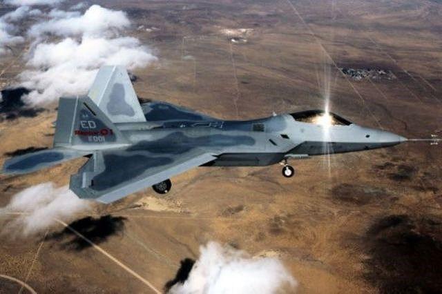 Su-35S Nga đánh chặn thành công F-22 Mỹ ở Syria: Quá nhanh, quá nguy hiểm! Ảnh 1