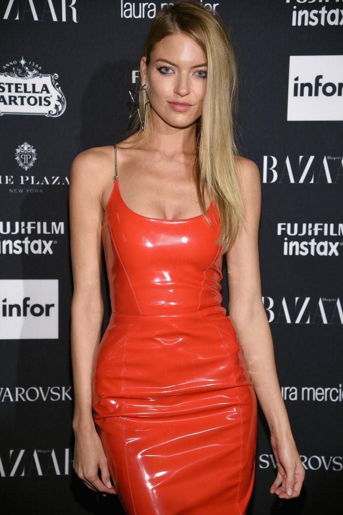Người đẹp Hollywood chuộng váy cao su bó sát giống Kylie Jenner Ảnh 6