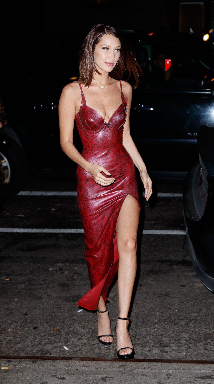 Người đẹp Hollywood chuộng váy cao su bó sát giống Kylie Jenner Ảnh 3