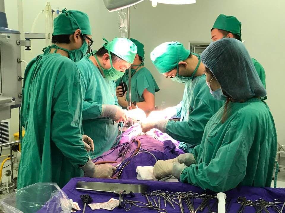 Quảng Ninh: Mổ cấp cứu cắt nang tuyến phổi khổng lồ thành công cho bệnh nhi 03 tháng tuổi Ảnh 1