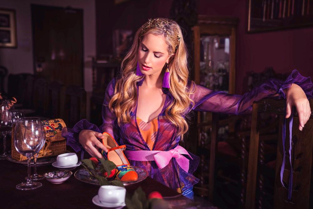 'Dệt đan mái ấm' gợi nhớ ký ức gian bếp xưa Ảnh 1