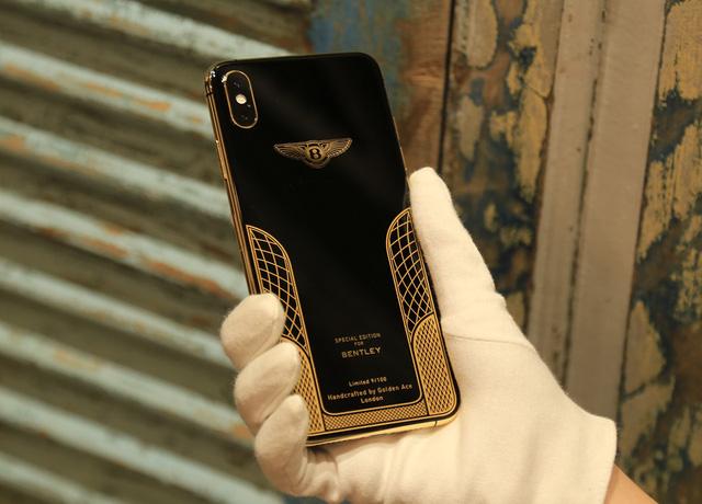 Ngắm iPhone XS Max mạ vàng 18k đầu tiên ở Việt Nam Ảnh 11