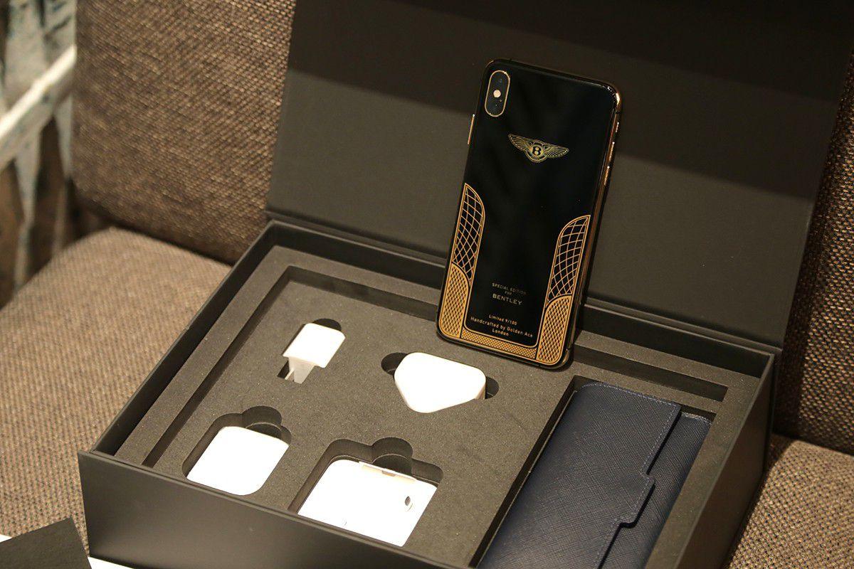 Ngắm iPhone XS Max mạ vàng 18k đầu tiên ở Việt Nam Ảnh 1
