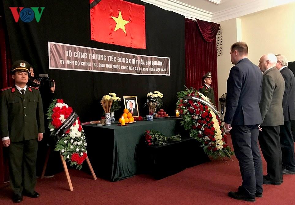 Xúc động Lễ viếng Chủ tịch nước Trần Đại Quang tại LB Nga Ảnh 2