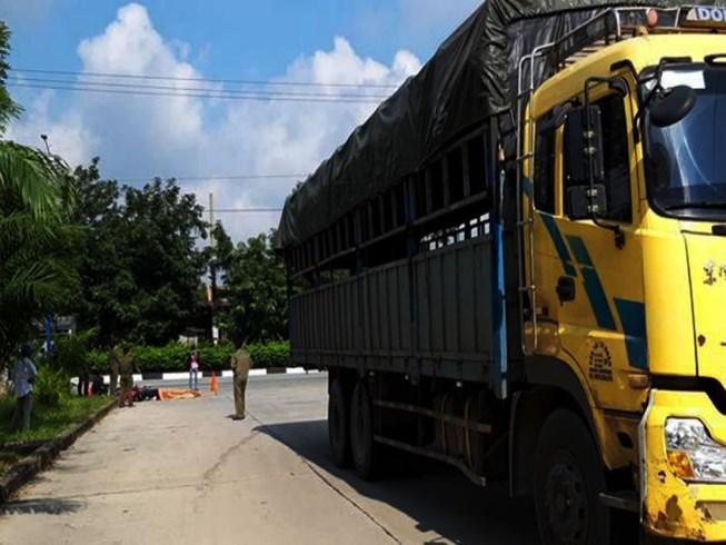 Nữ công nhân ở Bình Dương chết thảm dưới bánh xe tải Ảnh 1