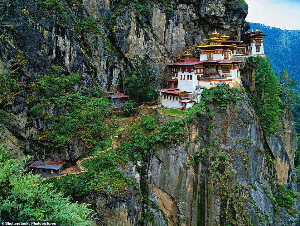Những công trình trên vách núi ấn tượng nhất thế giới Ảnh 10