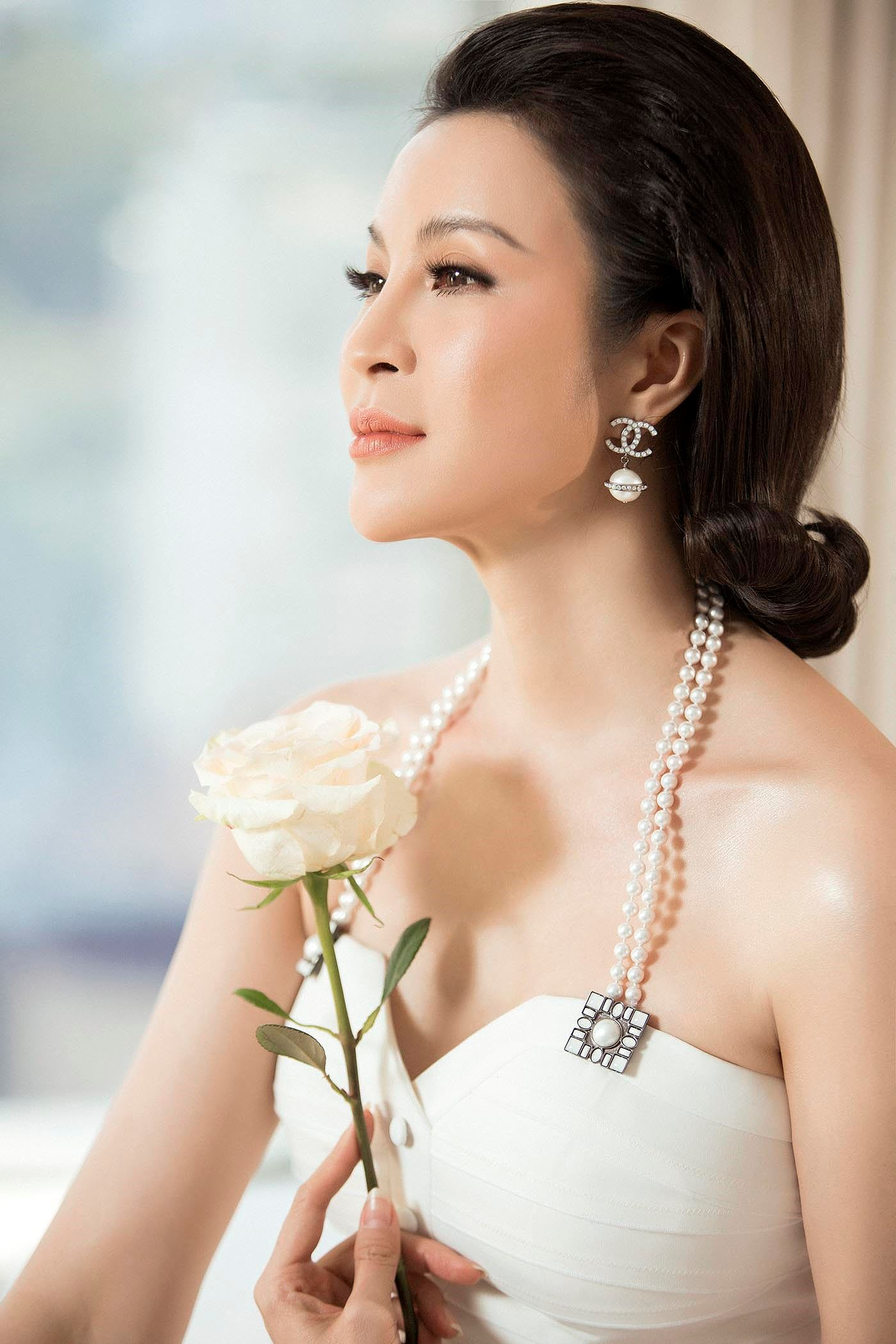 MC Thanh Mai 'đẹp không tì vết' ở tuổi 45 Ảnh 3