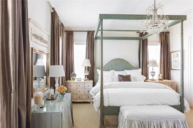 Những mẫu giường Canopy vừa đẹp vừa nữ tính khiến chị em mê mẩn Ảnh 11