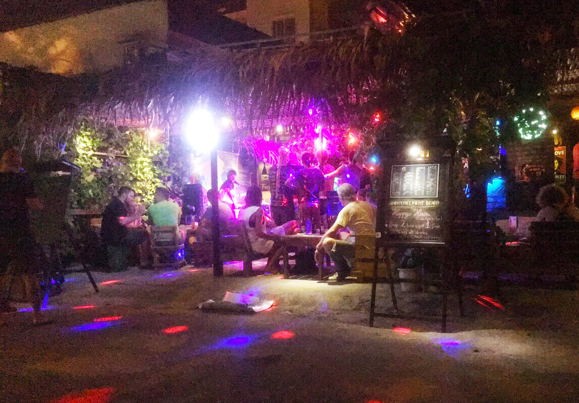 21 du khách ở khu phố Tây tại Đà Nẵng dương tính với ma túy Ảnh 1