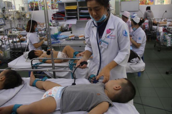 Bệnh tay chân miệng tăng gấp 5: Chỉ đạo khẩn từ Sở y tế TP HCM Ảnh 2