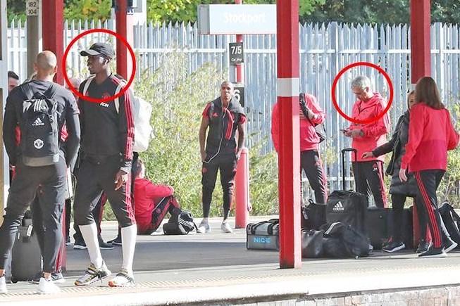 Pogba và Mourinho ca bài gặp nhau làm ngơ Ảnh 1