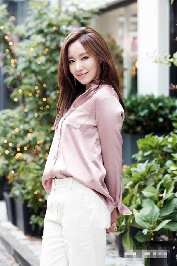 'Siêu phẩm thẩm mỹ Hàn Quốc' nhảy dây 3.000 lần mỗi ngày Ảnh 8
