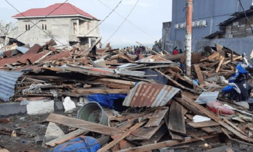 Rơi nước mắt trước khung cảnh tan hoang tại Indonesia sau trận sóng thần kinh hoàng Ảnh 5