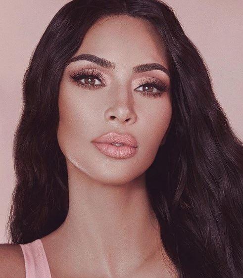 Kim Kardashian khoe dáng 'đồng hồ cát' trứ danh ở New York Ảnh 8