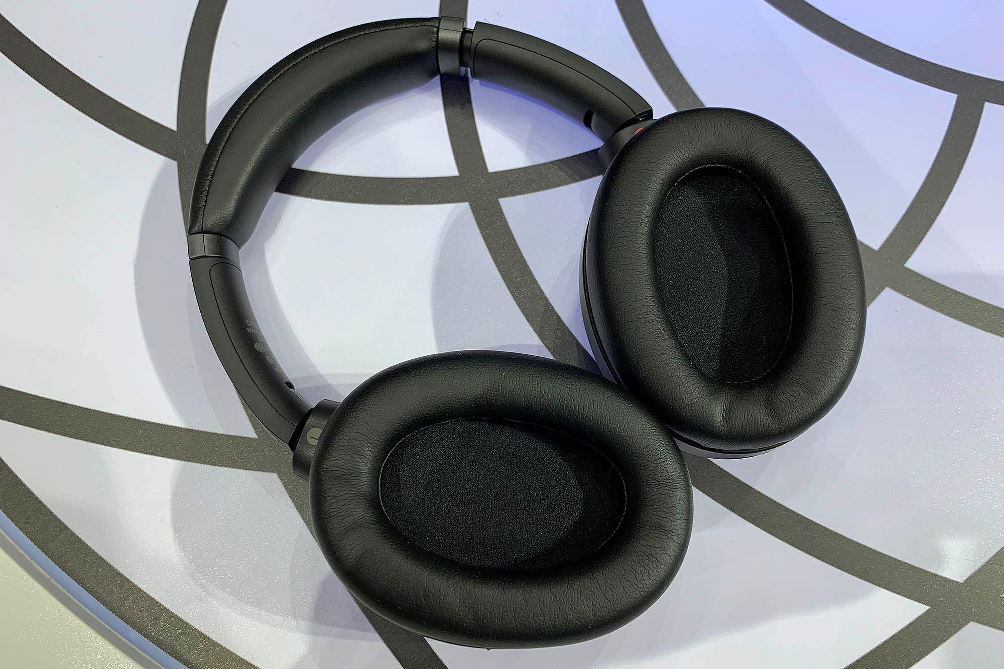 Sony ra mắt tai nghe chống ồn WH-1000XM3 tại Việt Nam, giá 8.490.000 VND Ảnh 3