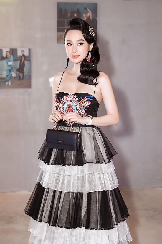 Angela Phương Trinh diện váy xếp tầng nổi bần bật như minh tinh tại sự kiện Ảnh 3