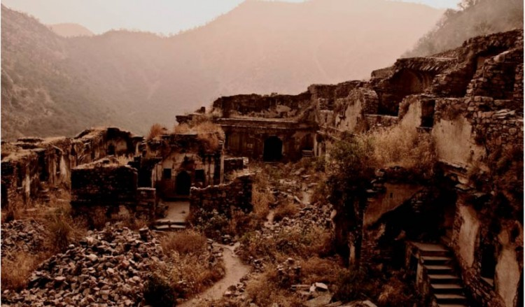 Pháo đài Bhangarh và lời nguyền một đi không bao giờ trở lại Ảnh 1