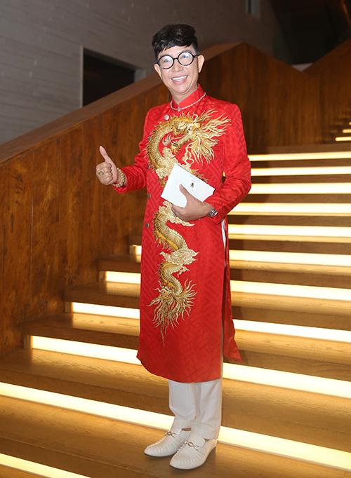 Những sao Việt bất chấp dress code ăn diện một mình một cõi lên thảm đỏ Ảnh 1