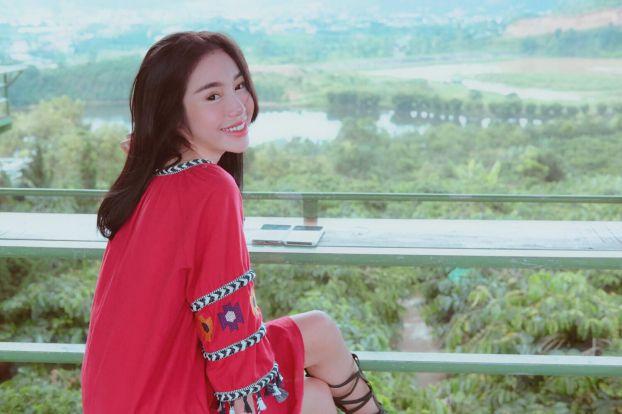 Khoe ảnh đi du lịch Đà Lạt, Elly Trần được khen hết lời vì trẻ trung như thiếu nữ Ảnh 1