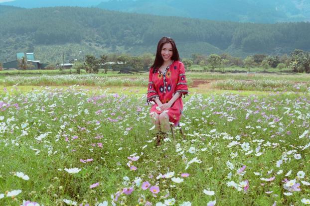 Khoe ảnh đi du lịch Đà Lạt, Elly Trần được khen hết lời vì trẻ trung như thiếu nữ Ảnh 5