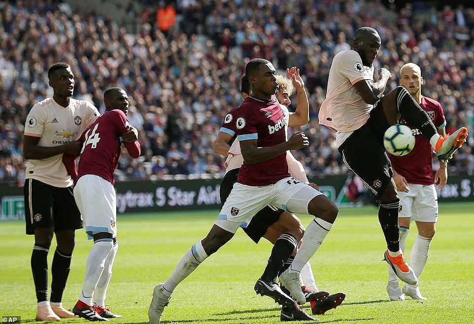 Công cùn thủ kém, Quỷ đỏ thua bạc nhược trước West Ham Ảnh 4