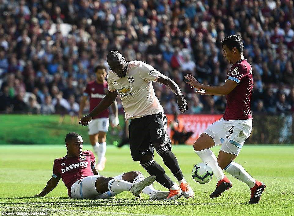 Công cùn thủ kém, Quỷ đỏ thua bạc nhược trước West Ham Ảnh 2