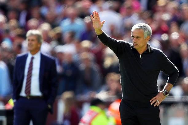 Công cùn thủ kém, Quỷ đỏ thua bạc nhược trước West Ham Ảnh 16