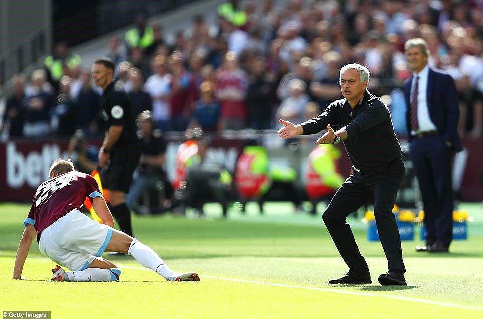 Công cùn thủ kém, Quỷ đỏ thua bạc nhược trước West Ham Ảnh 5