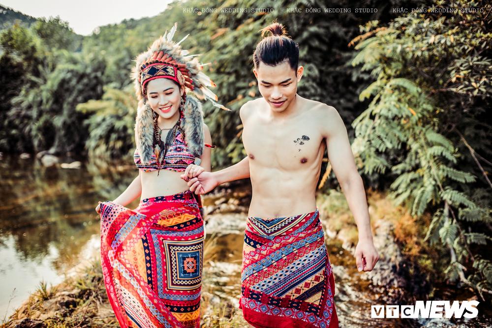 Cặp đôi Hà Tĩnh chụp ảnh cưới phong cách thổ dân đẹp rực rỡ Ảnh 3