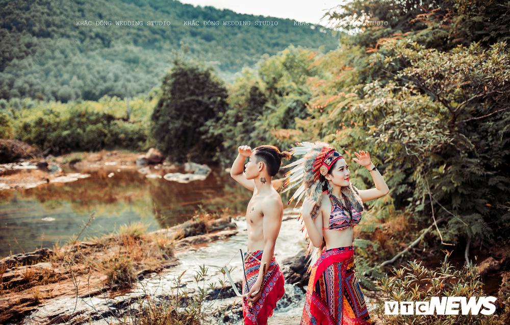 Cặp đôi Hà Tĩnh chụp ảnh cưới phong cách thổ dân đẹp rực rỡ Ảnh 7